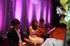 KK Pumz By KATHI Noddles Band (วงดนตรีขนาด 3 คน)08/03/57 งานแต่งงาน หอประชุมกองพลทหารม้าที่ 2 @สนามเป้า คลิปการแสดงภายในงาน http://youtu.be/LmpZRRxKykI รายละเอียด :รูปแบบวง Kathi Tri O รับแสดงงานในโอกาสพิเศษต่างๆ สนใจติดต่อ 080-807-7194 Line ID : pumzper